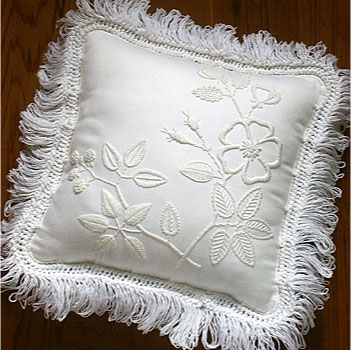 Mountmellick dogrose and blackberry cushion kit